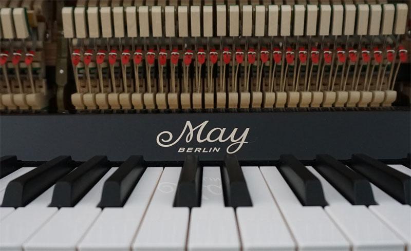 serien nummer klaviere